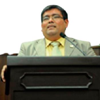 Mg. Henrich J. Villanueva Vasquez